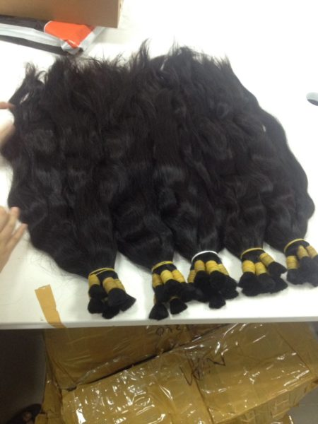 Virgin hair . Natural wavy, natural color, is cut from a single donor can dye and bleach the lightest #613