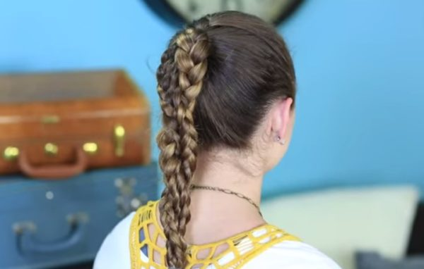 HAIRSTYLES FOR GIRLS WITH CLIP-IN HAIR 1