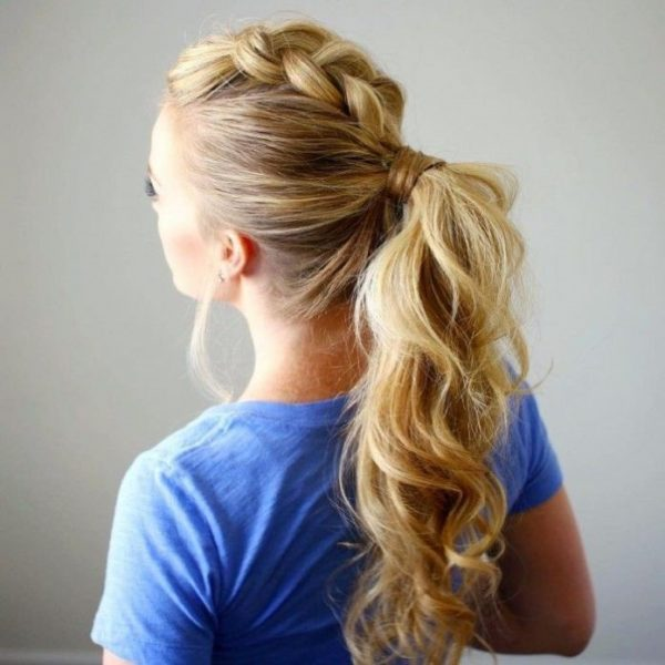 QUICK AND EASY HAIRSTYLES 4
